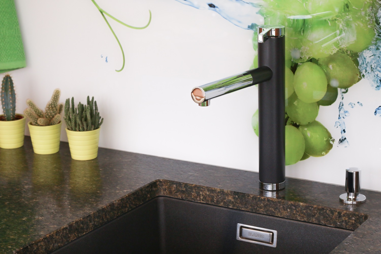 Pflegereihe 5 Wasserhahn Reinigen So Strahlt Ihre Kuchenarmatur In Neuem Glanz Ihr Kuchenstudio In Schwabach